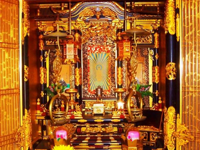 仏壇の相場はいくら?相場を決める要素と種類ごとの相場について!