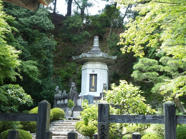 日蓮正宗の葬儀について解説!厳しいマナーや作法に注意が必要!