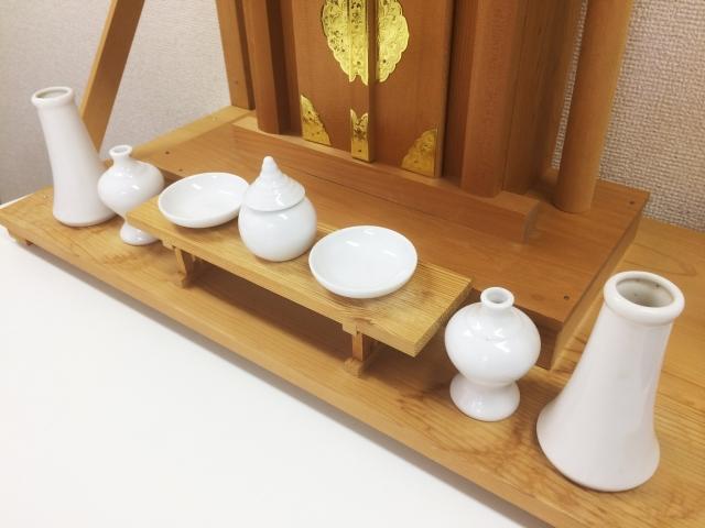 今流行りのミニ仏壇とは?ミニ仏壇の種類や選び方を解説!