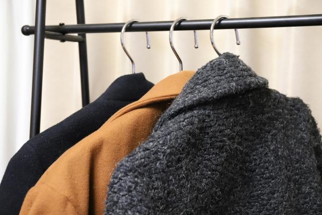 葬儀に着用するコートとは?葬儀コートのマナーについて解説!